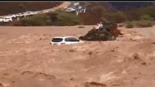 VIDEO: Saudis save others in flash floods