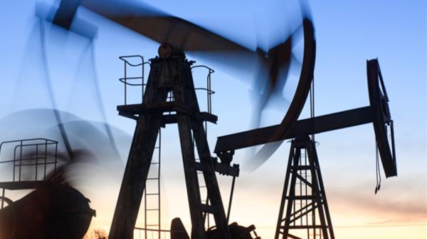 تستعيد صدارة موردي النفط للصين في يناير-السعوديه