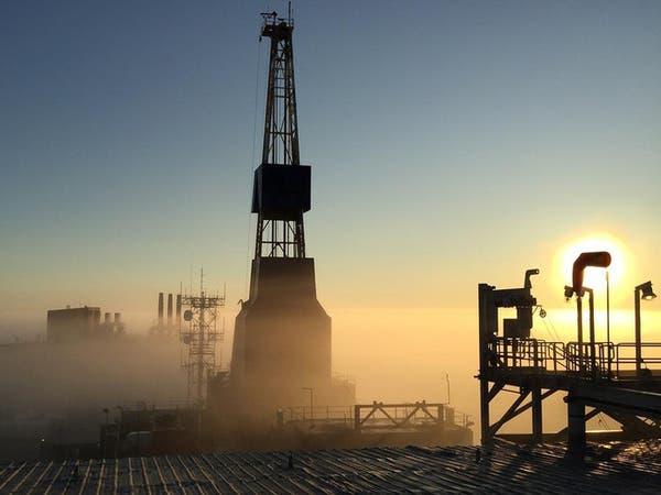 النفط يقفز مع اتجاه السعودية وروسيا لتمديد الاتفاق