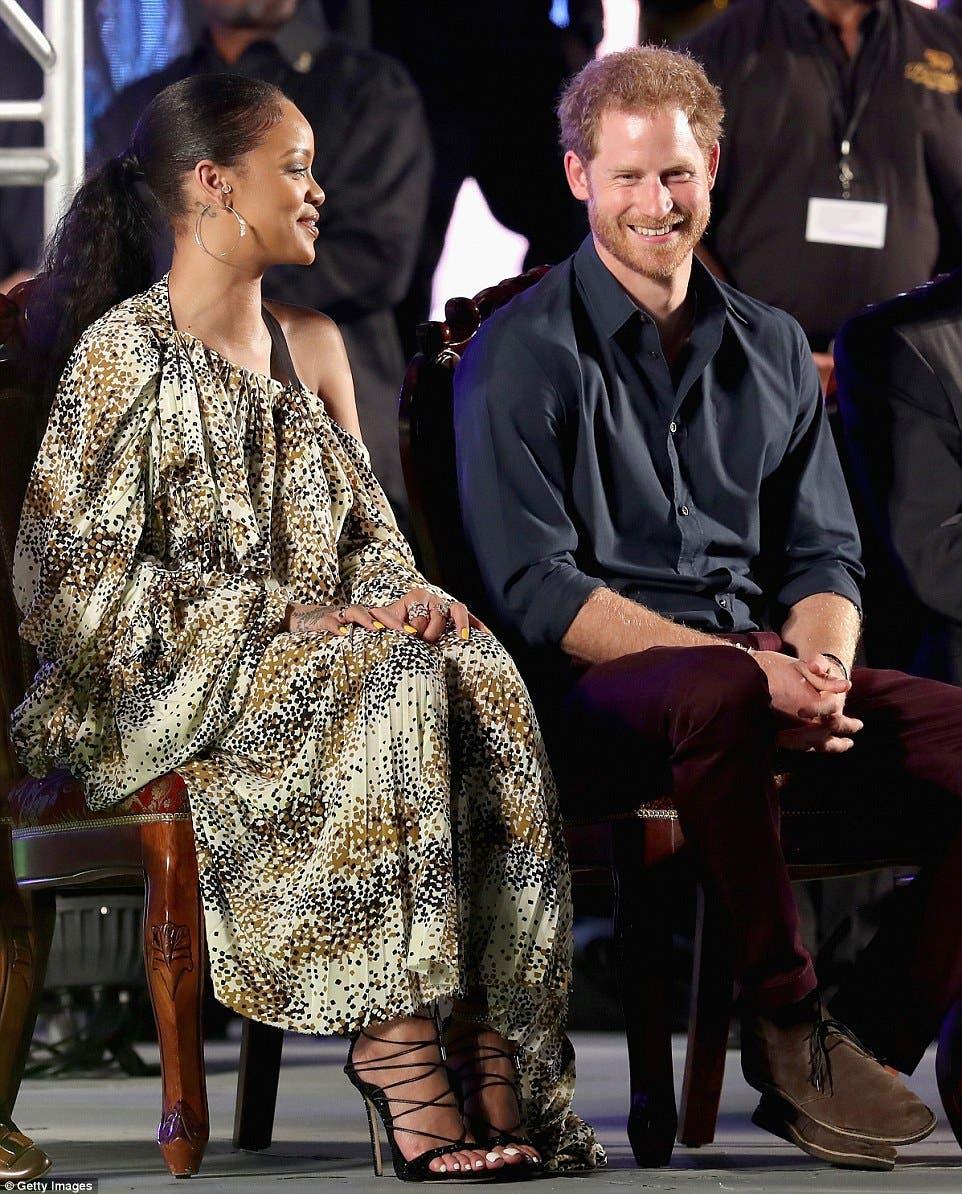 الأمير هاري وريهانا في احتفال مساء الأربعاء