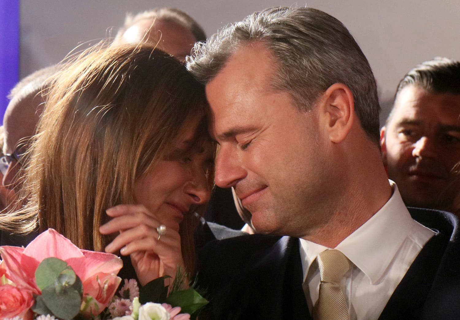Norbert Hofer, presidential candidate of the anti-migrant and anti-EU Freedom Party FPOe, and his wife Verena Hofer, left, after losing in the first round (Photo: AP/Ronald Zak)