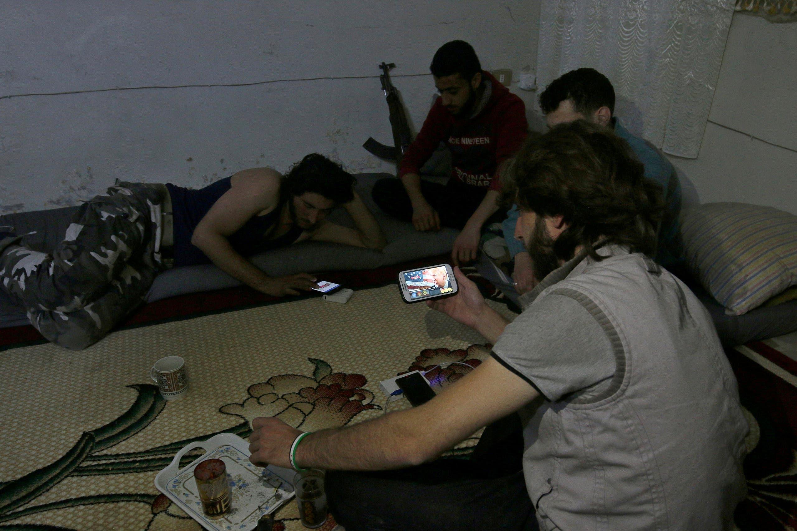 عناصر من حركة نور الدين الزنكي التابعة للمعارضة السورية في حلب