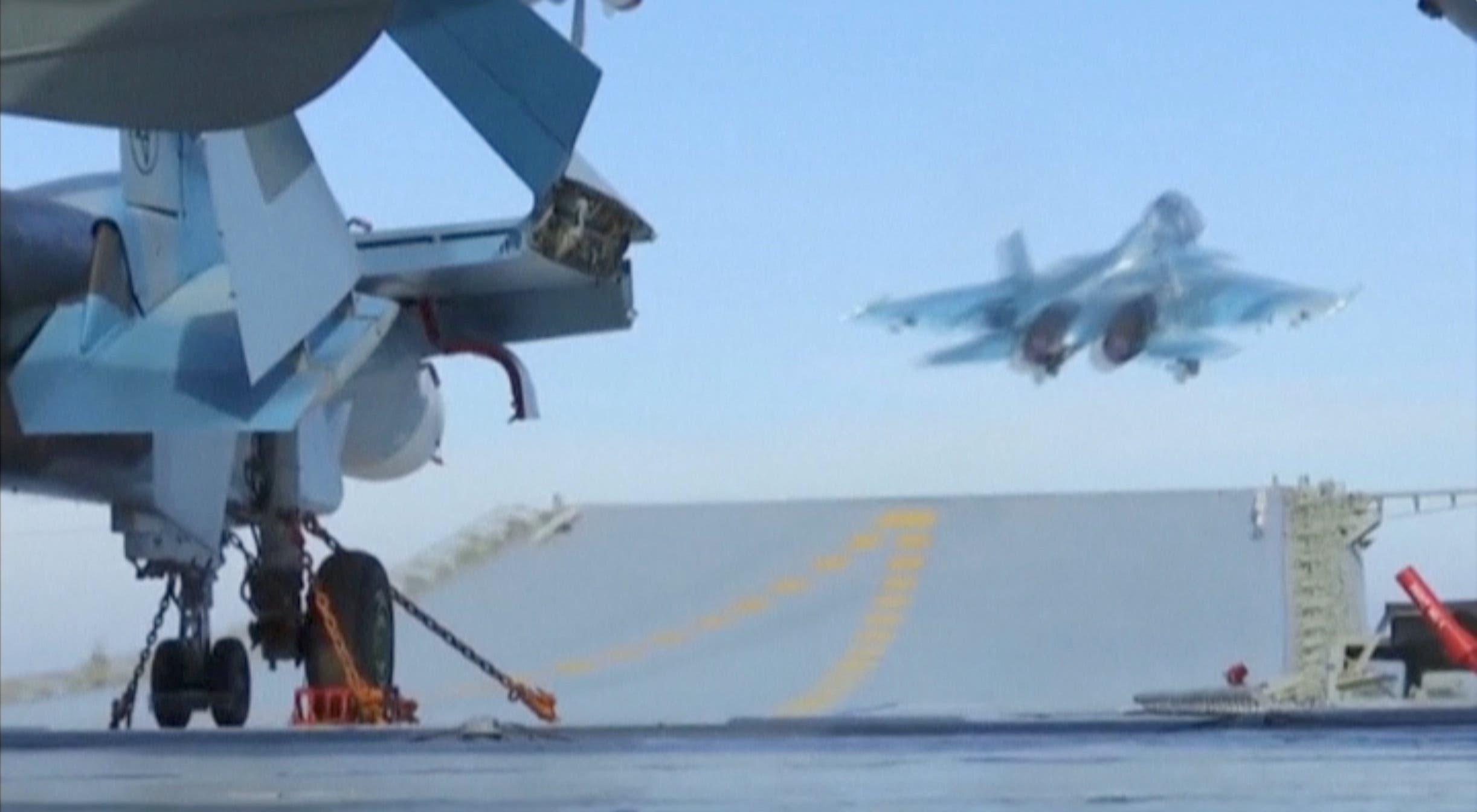 من عمليات الإقلاع والهبوط على حاملة الطائرات الروسية في المتوسط