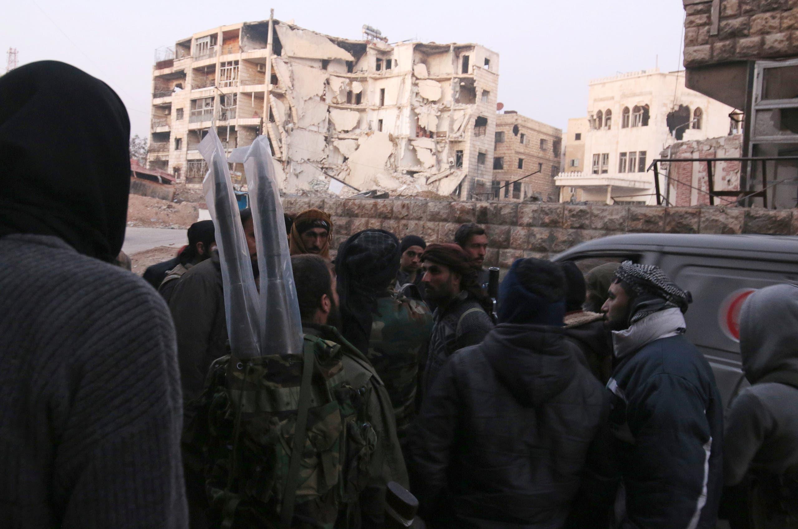 عناصر من المعارضة في حلب