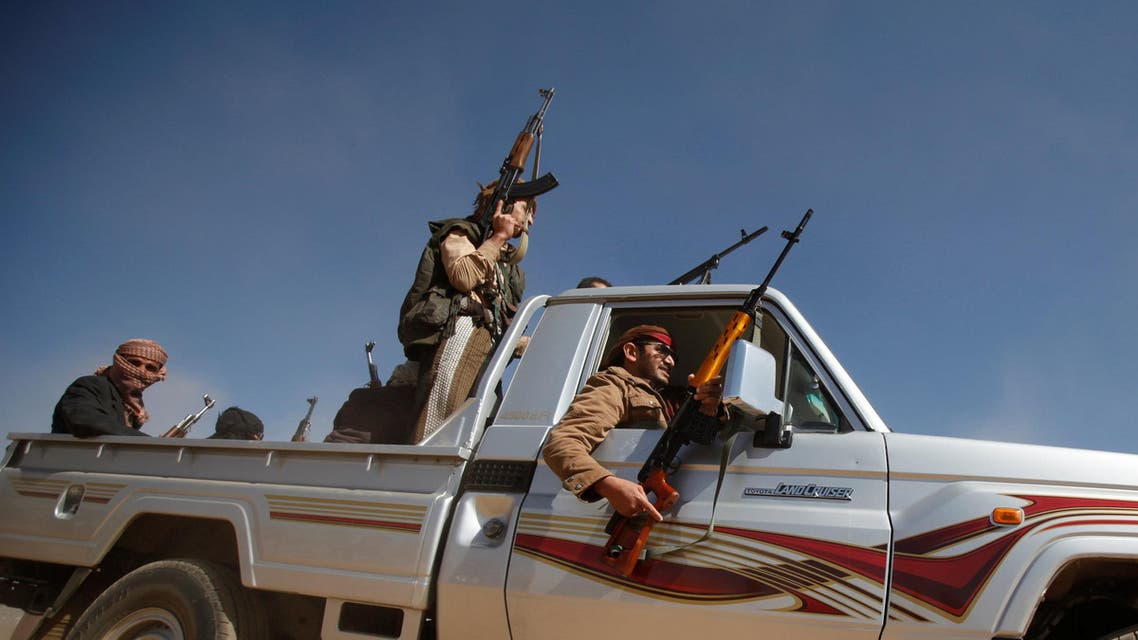 Tribesmen ride in a pick-up during a tribal gathering held to show support to the new government formed by Yemen's armed Houthi movement and its political allies, in Sanaa, Yemen December 6, 2016. Reuteres