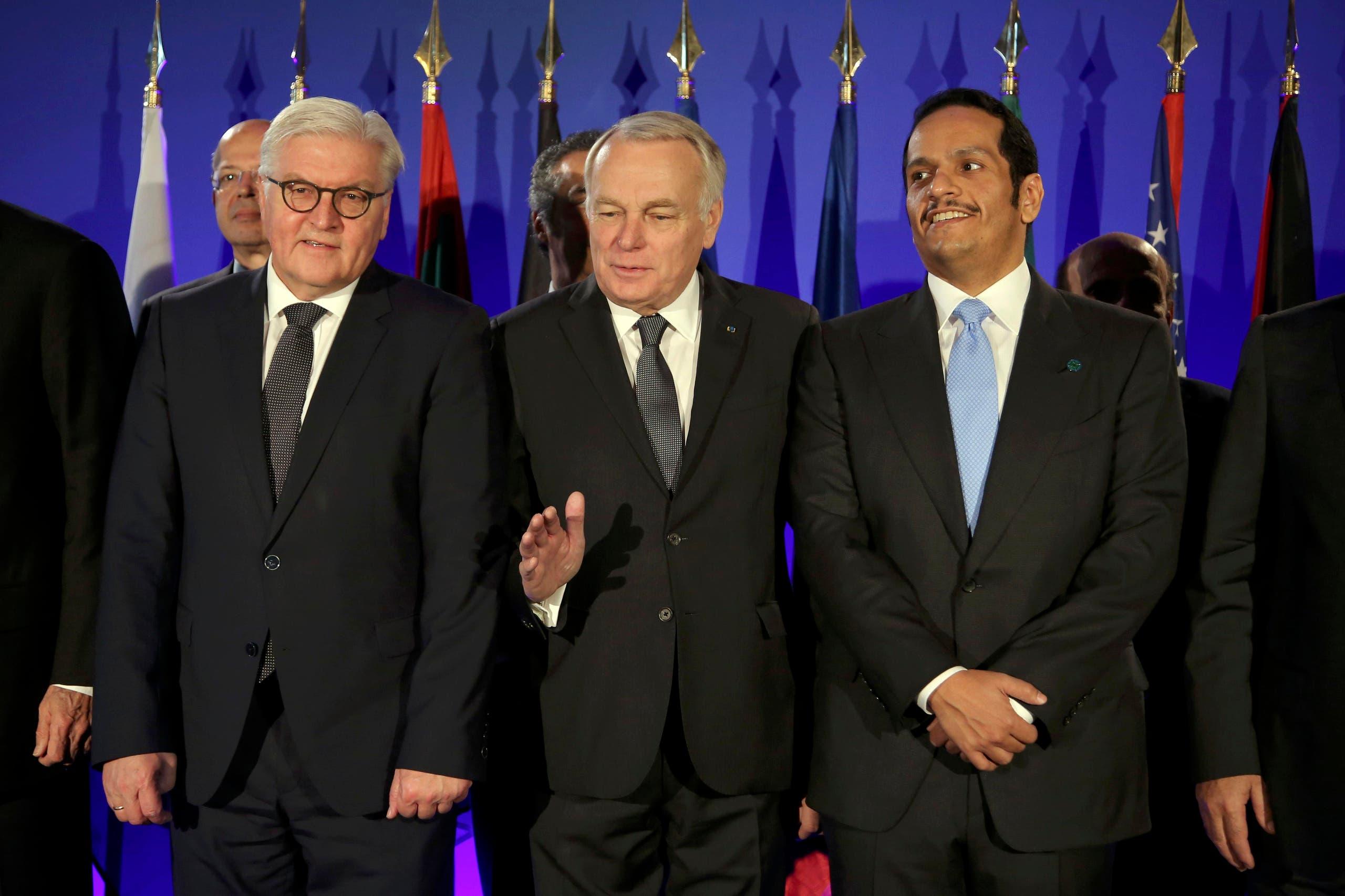 (من اليمين) وزراء خارجية قطر وفرنسا وألمانيا