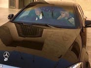 بالصور.. جولة الجبير بسيارته الخاصة مع نظيره البريطاني