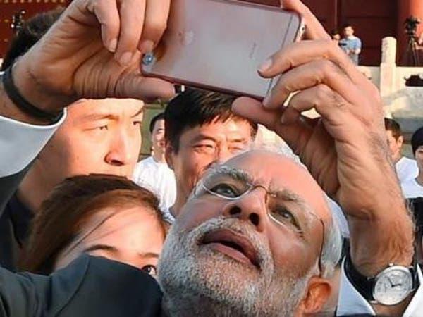 صور.. ماذا يفعل رئيس وزراء الهند عندما يستيقظ من النوم؟