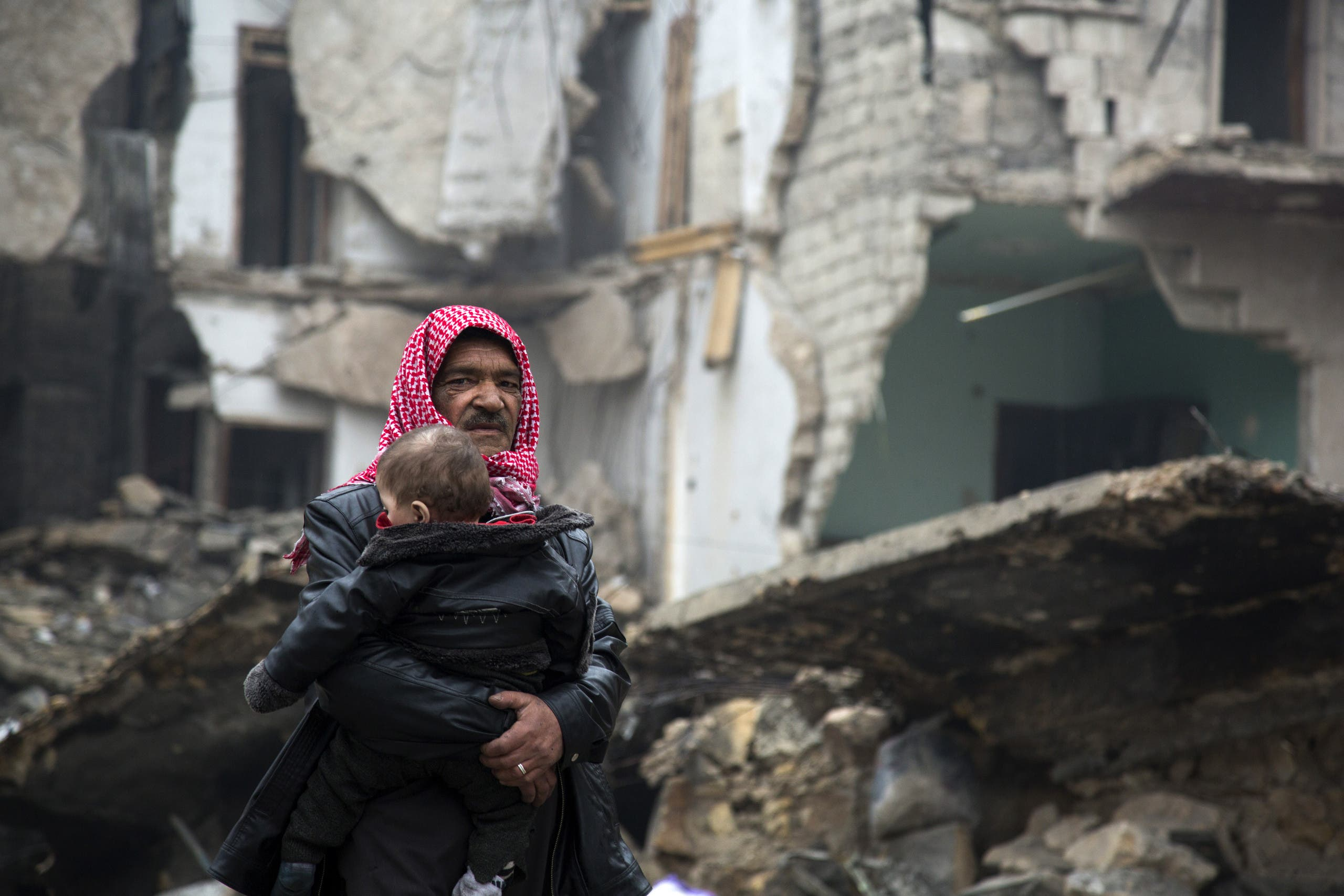 sources in the Free Syrian Army reported that the Assad regime forces resumed shelling on the eastern neighborhoods of Aleppo. AFP