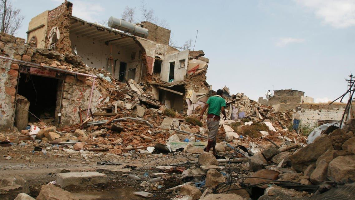 الدمار الذي خلفه قصف سابق للحوثيين على مناطق سكنية من تعز