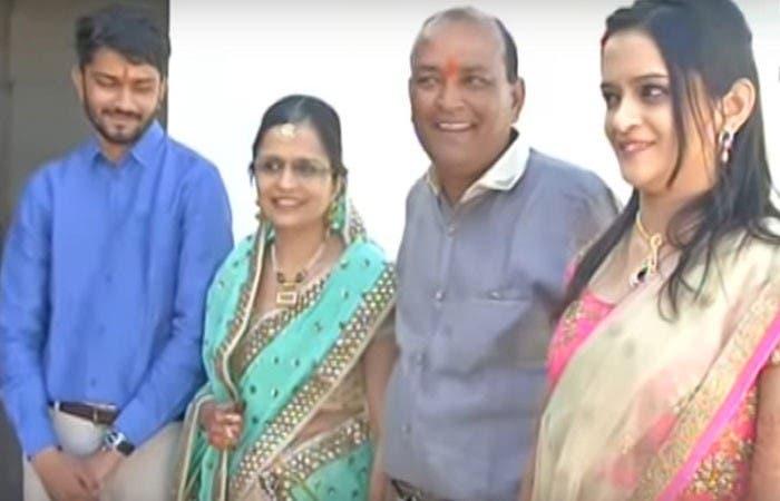 الثري الهندي أنفق أموال زفاف ابنته في بناء مساكن للفقراء