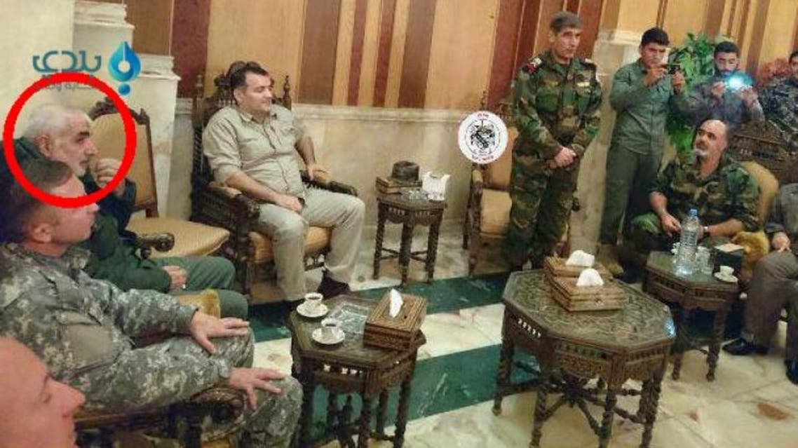 الجنرال جواد غفاري مع ضباط سوريين وقادة الميليشيات