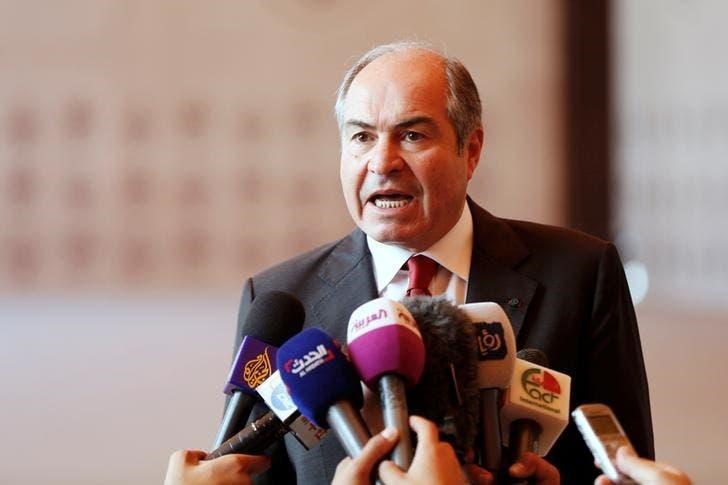 رئيس وزراء الأردن هاني الملقي يتحدث لممثلي وسائل إعلام في عمان