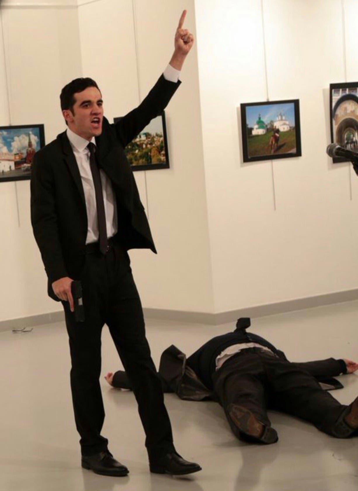 مطلق النار على السفير الروسي