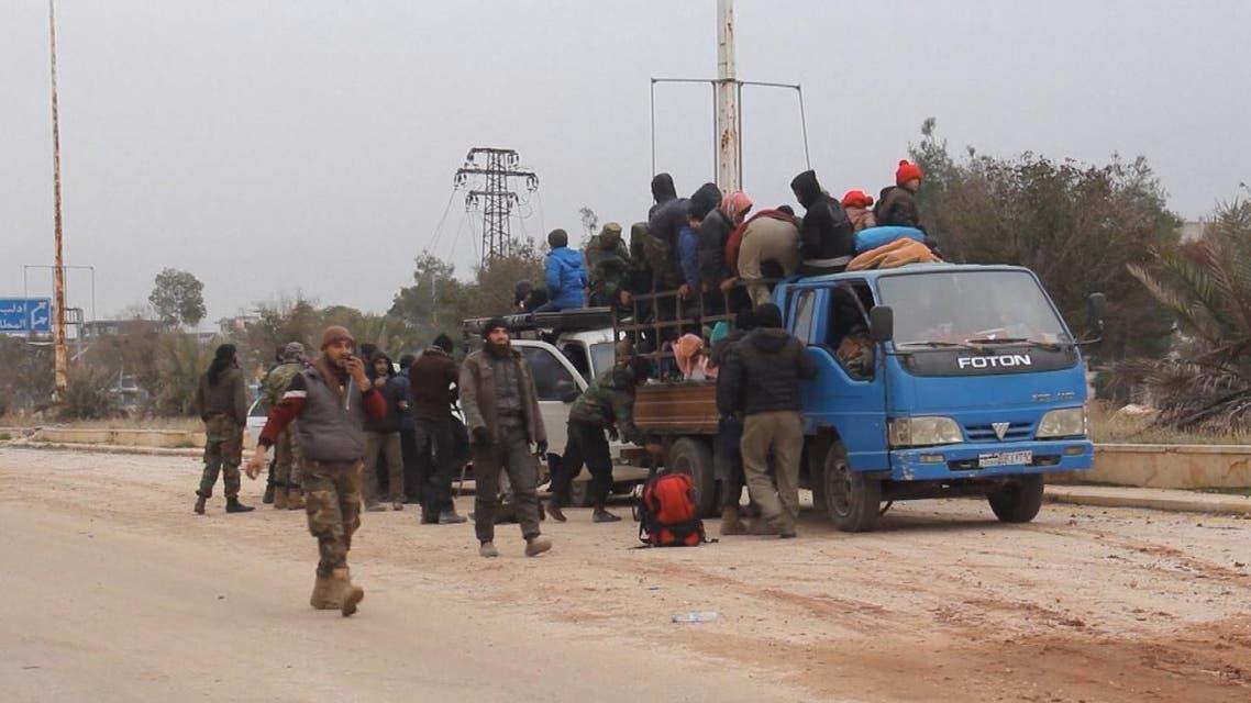 THUMBNAIL_ سوريا.. إجلاء 400 مدني إلى ريف حلب الغربي