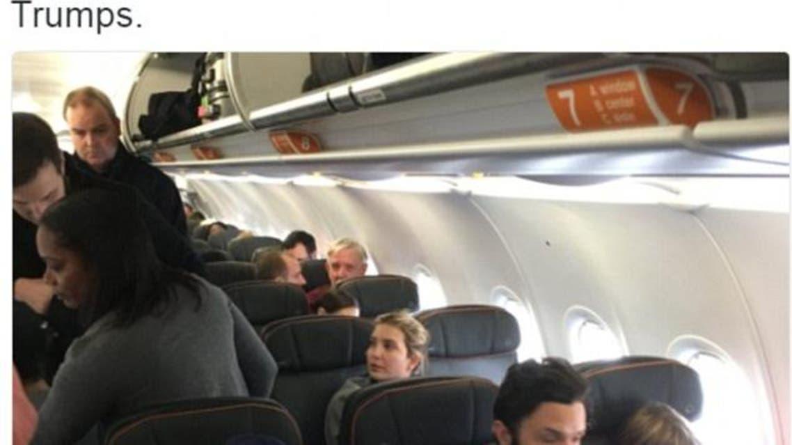 إيفانكا ترمب تجلس في هدوء أثناء إخراج المحامي الذي تعدى عليها لفظيا من الطائرة