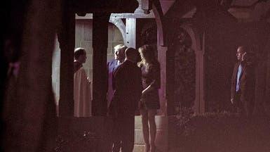 ميلانيا ترمب في كنيسة زواجها بفستان قصير وكعب عال!