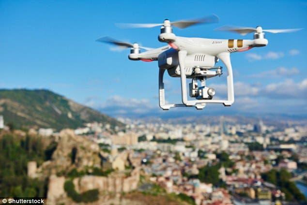 الطائرات بدون طيار ستلعب دورا في توجيه السيارات