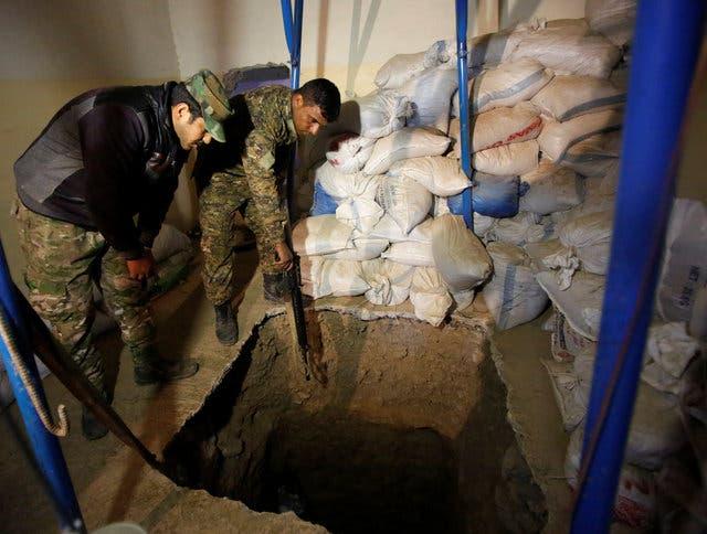 احدى الأنفاق الداعشية شمال الموصل