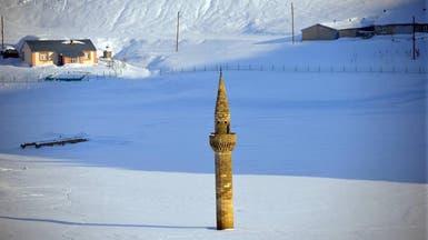 قصة المئذنة التي لم تغطها الثلوج في تركيا
