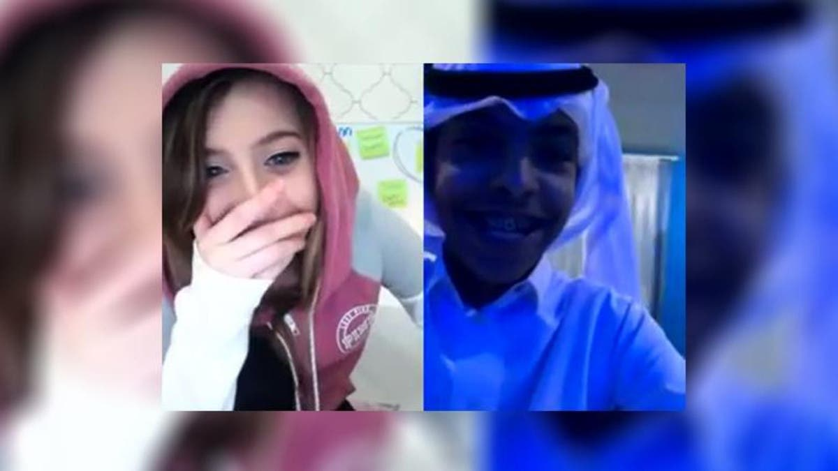 Girl younow com featured PlayLixt