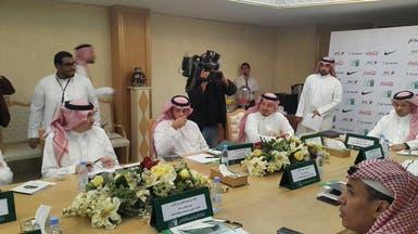 اتحاد عزت يخاطب فيفا بشأن قضايا الأندية السعودية