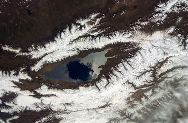 بحيرة إيسيك كول أو عين الحمئة