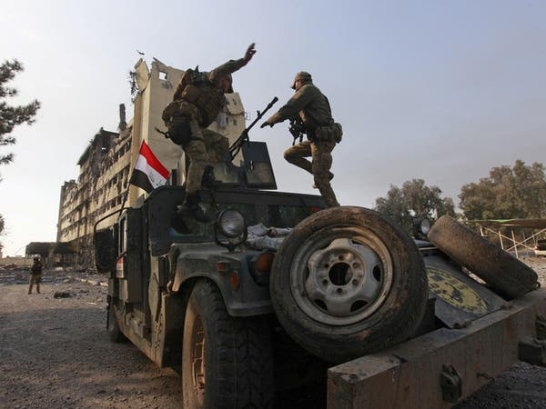 """التحالف يستهدف مصادر نيران """"داعش"""" على أحياء الموصل"""