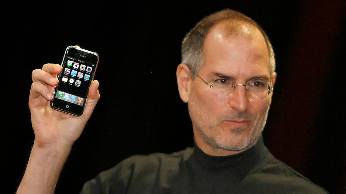 his file photo taken on January 9, 2007 at the Macworld Conference in San Francisco, California shows Apple chief executive Steve Jobs unveiling the iPhone. AFP