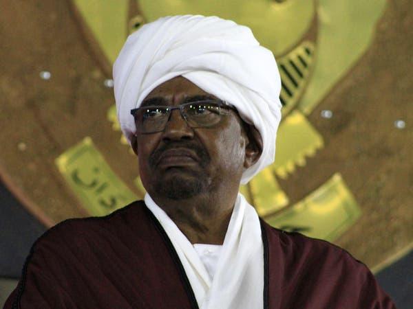 السودان يطرد عشرات المصريين من المنتمين للإخوان
