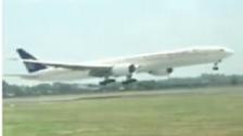 VIDEO: Saudi Airlines plane in sleek, skillful landing