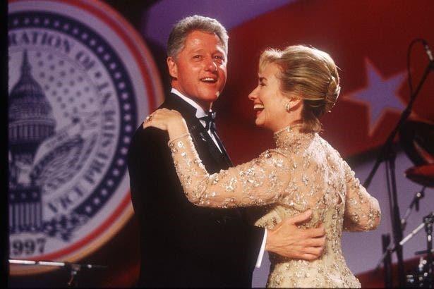 بيل كلينتون وهيلاري يرقصان يوم التنصيب