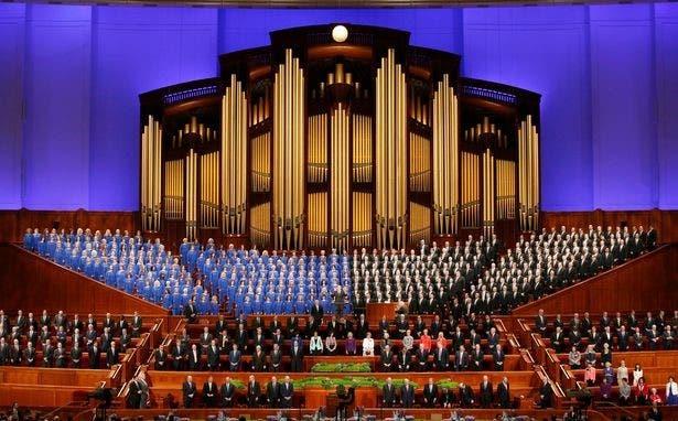 الأوركستراMormon Tabernacle Choir من مدينة سالت ليك