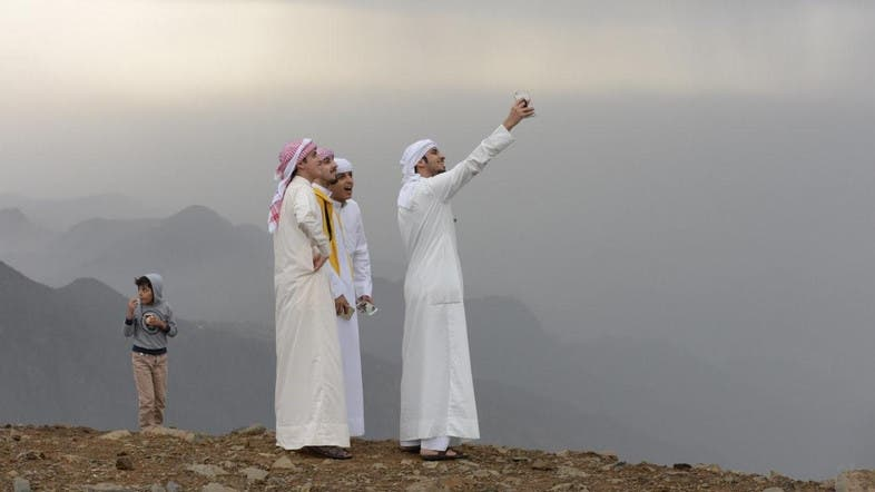 essay about saudi tourism Jeddah city saudi tourism spend a short break or a weekend on jeddah's coasts and enjoy the sunset and sunrise along with the sound of the rushing waves.