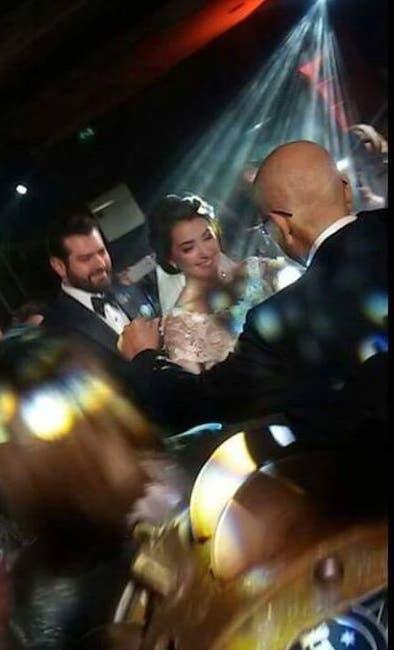 بالصور| حفل زفاف عمرو يوسف وكندة علوش 2 17/1/2017 - 3:34 م