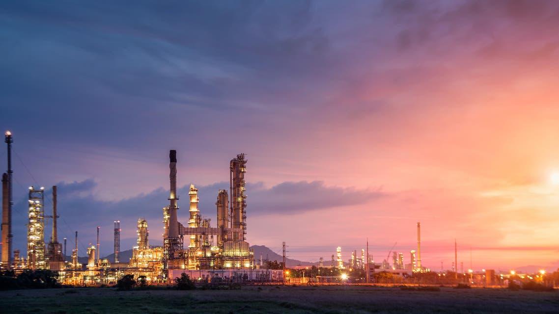 Oil refinery. (Shutterstock)