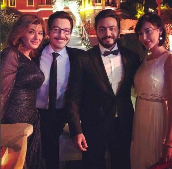تامر حسني وزوجته بصحبة أحمد زاهر وزوجته
