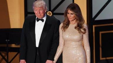 """ميلانيا ترمب تعتمد """"دبلوماسية الموضة"""" في إطلالاتها"""