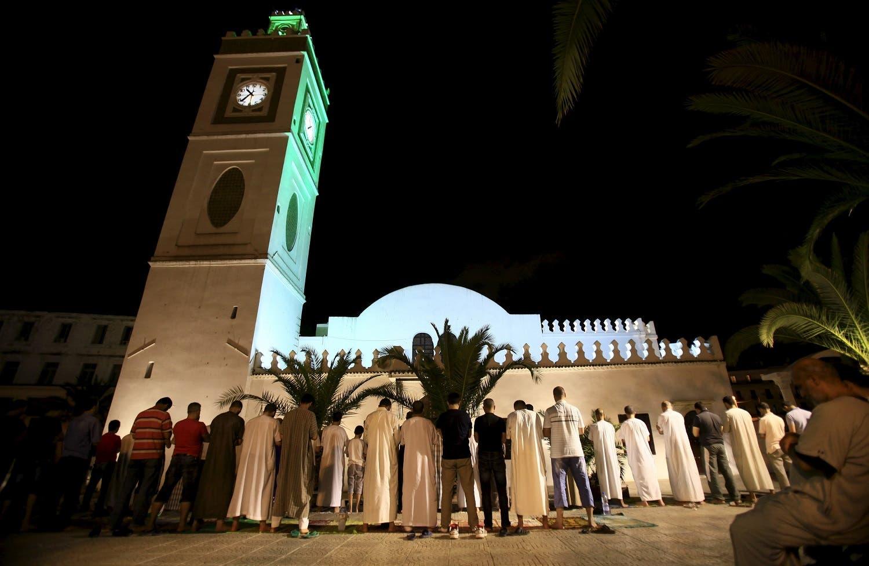 Muslims conduct taraweeh prayers, at Jamaa El Kebir (Great Mosque) during Ramadan in Algiers, Algeria July 10, 2015. (Reuters)