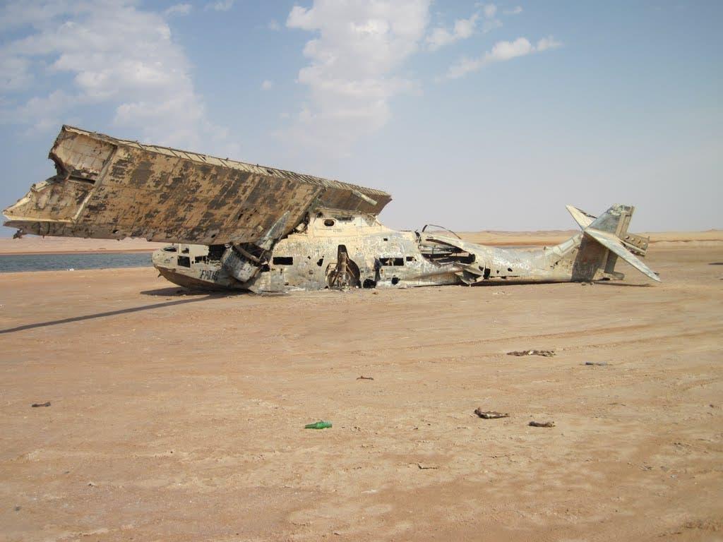 لازال هيكل الطائرة متماسكا