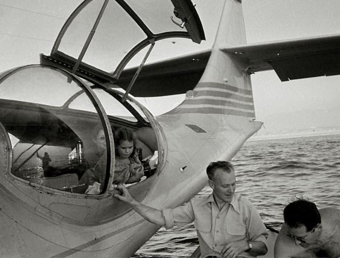 أثناء هبوط الطائرة شاطئ رأس حميد في يناير 1960