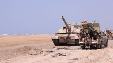 تمشيط المخا من الميليشيات وقطع التعزيزات مع الحديدة