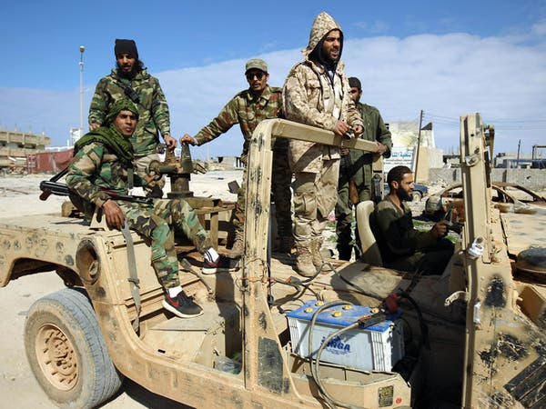 قتلى باشتباكات شرق طرابلس واستمرار معارك بنغازي