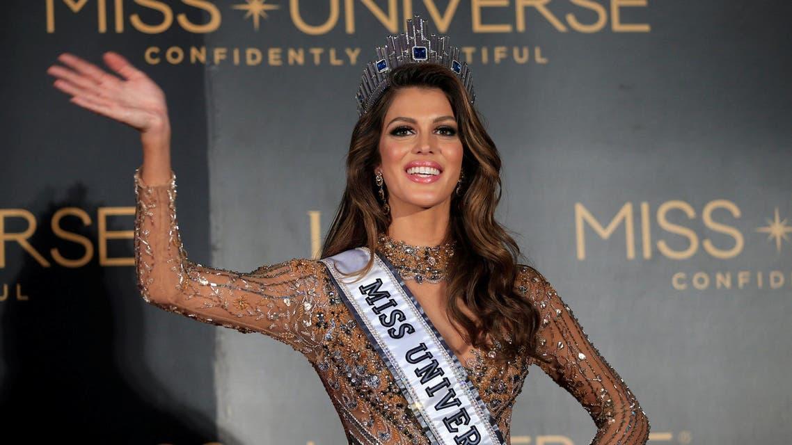 فرنسية تفوز بلقب ملكة جمال الكون