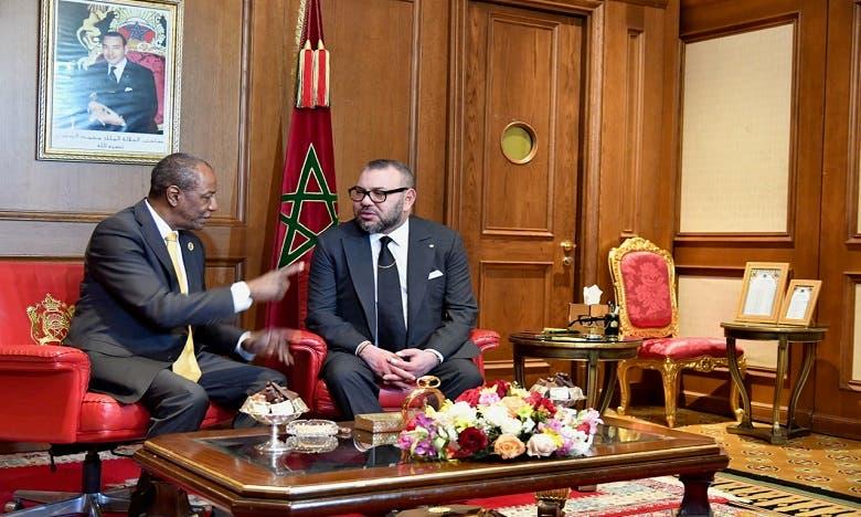 العاهل المغربي محمد السادس في أديس أبابا مع الرئيس الغيني