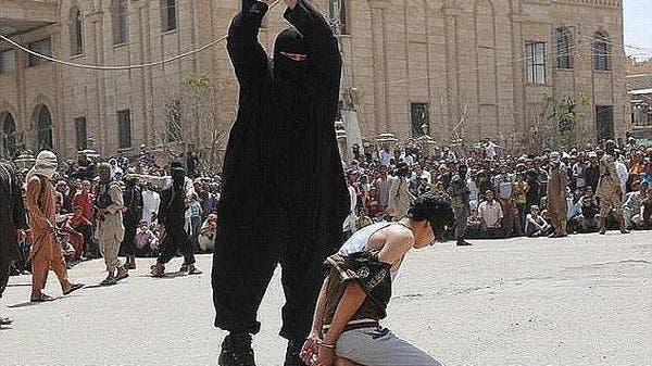 نهاية مروعة لجزار داعش الذي جز أكثر من 100 رأس