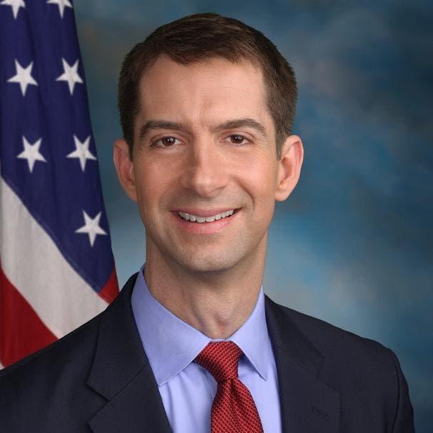 السناتور توم كوتون