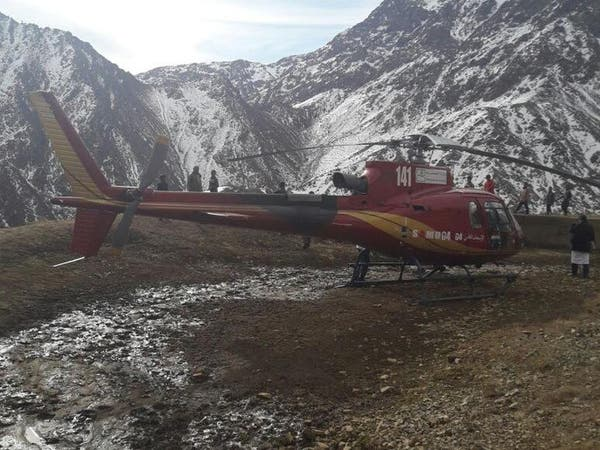 فريق طبي مغربي يقدم خدمات لقرويين معزولين بين الجبال