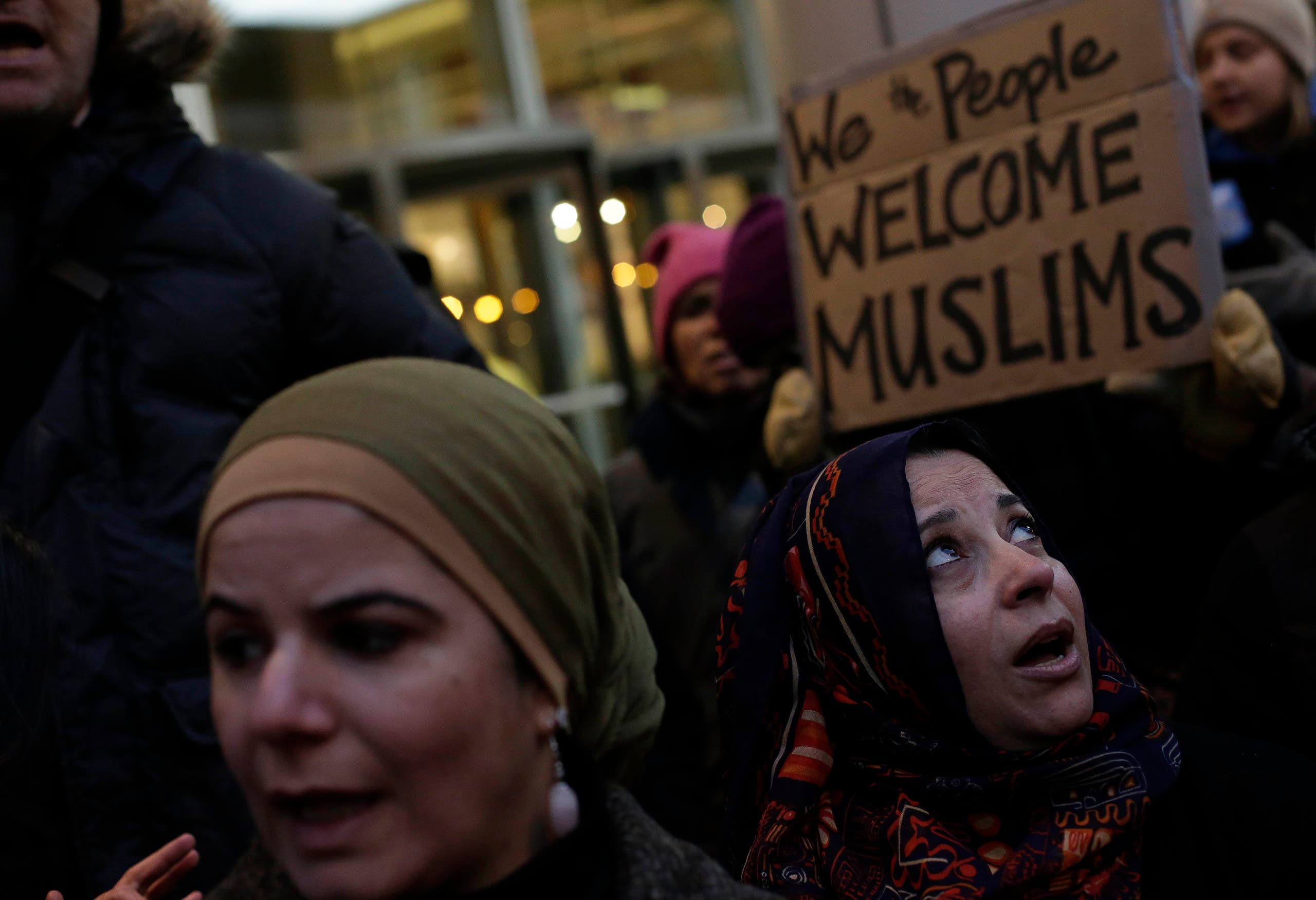 Demonstrators protest President Donald Trump's executive immigration ban on February 1, 2017 in Chicago, Illinois. afp
