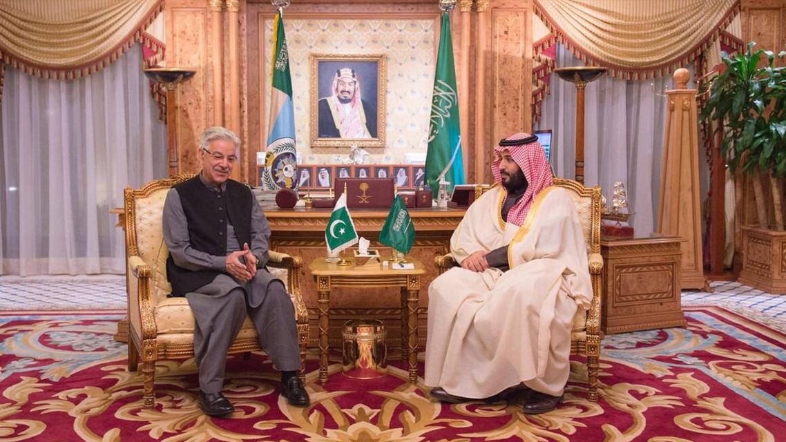 محمد بن سلمان ووزير دفاع باكستان